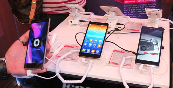 Lenovo Introduces New Smartphones A526  S660  And S860